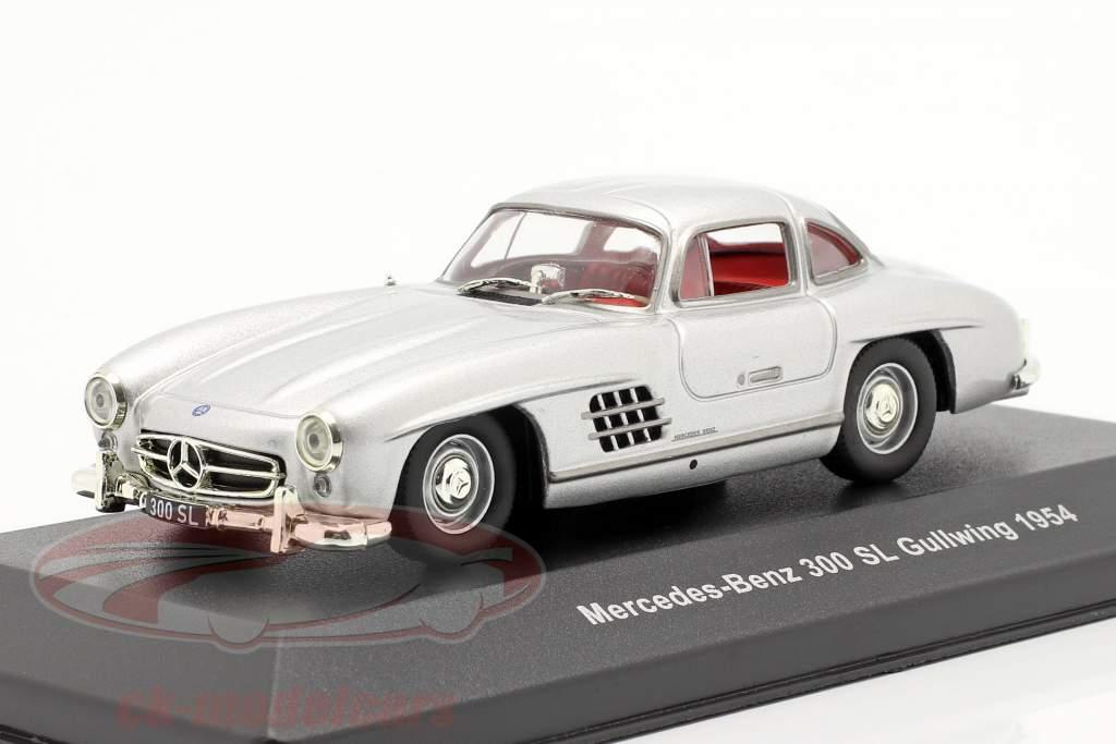 Mercedes-Benz 300 SL (W198) Gullwing Baujahr 1954 silber metallic 1:43 Solido