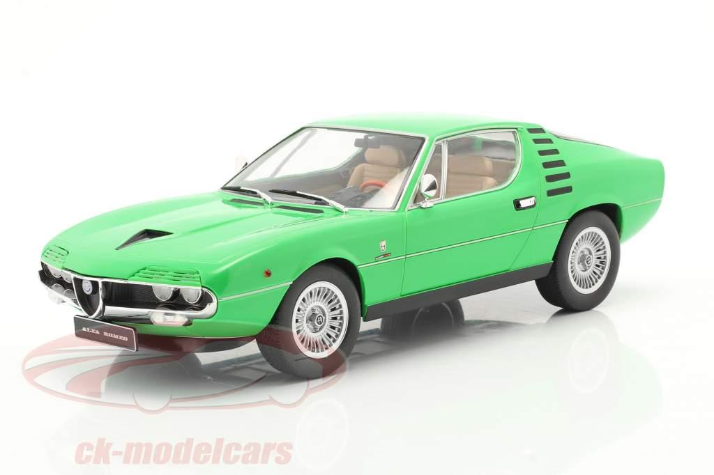 Alfa Romeo Montreal Byggeår 1970 grøn 1:18 KK-Scale