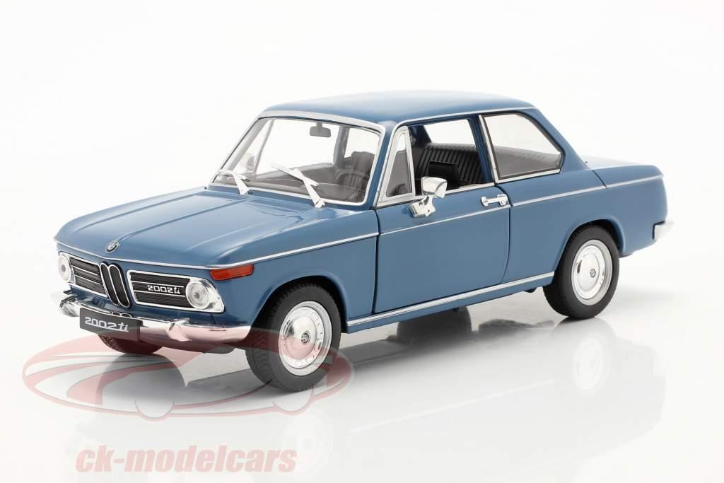 BMW 2002ti blau 1:24 Welly