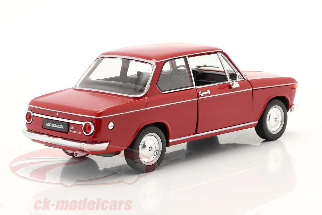 BMW 2002ti rojo 1:24 Welly