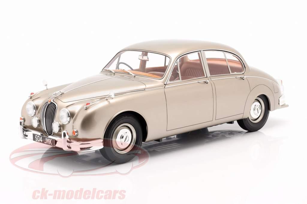 Jaguar MK II Anno di costruzione 1959-1968 oro metallico 1:12 Matrix