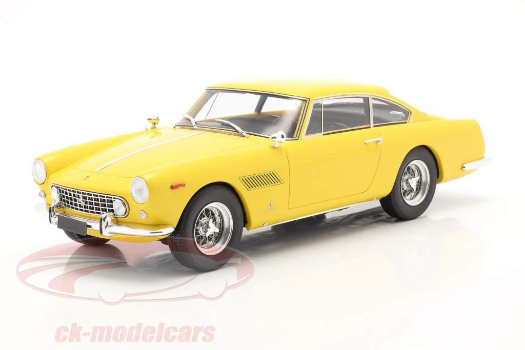 Ferrari 250 GTE 2+2 Coupe Baujahr 1960 gelb 1:18 Matrix