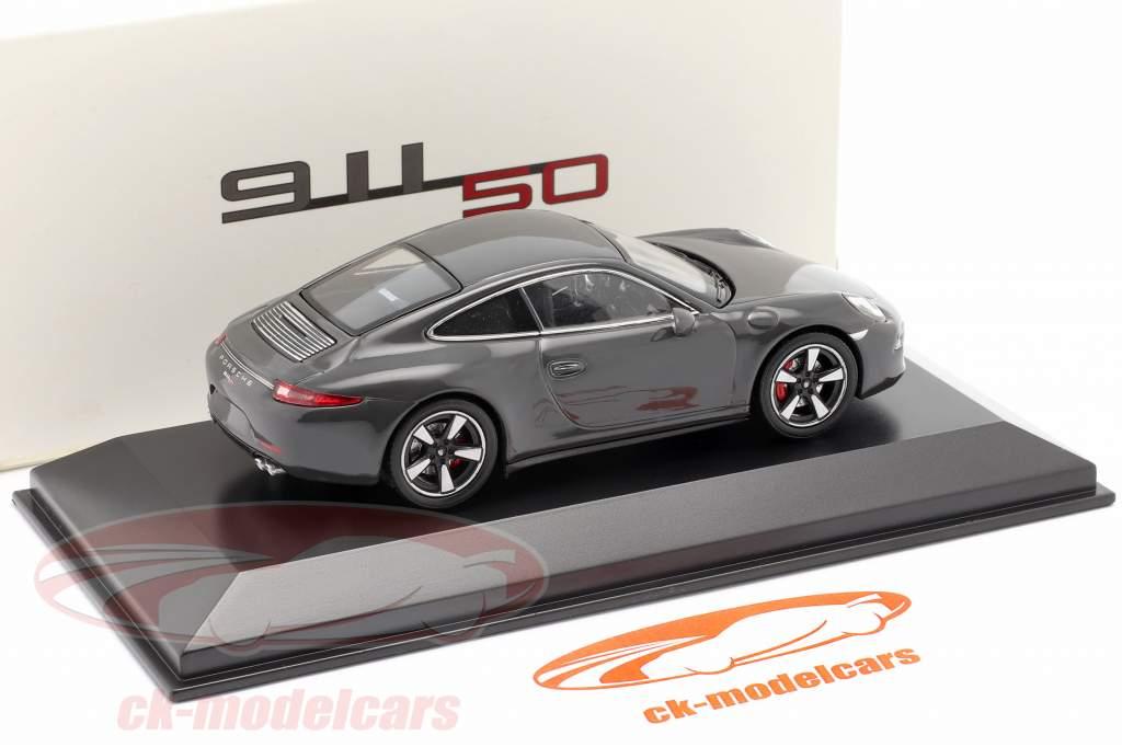 Porsche 911 (991) gris 50 Años Porsche 911 Edición 1:43 Welly