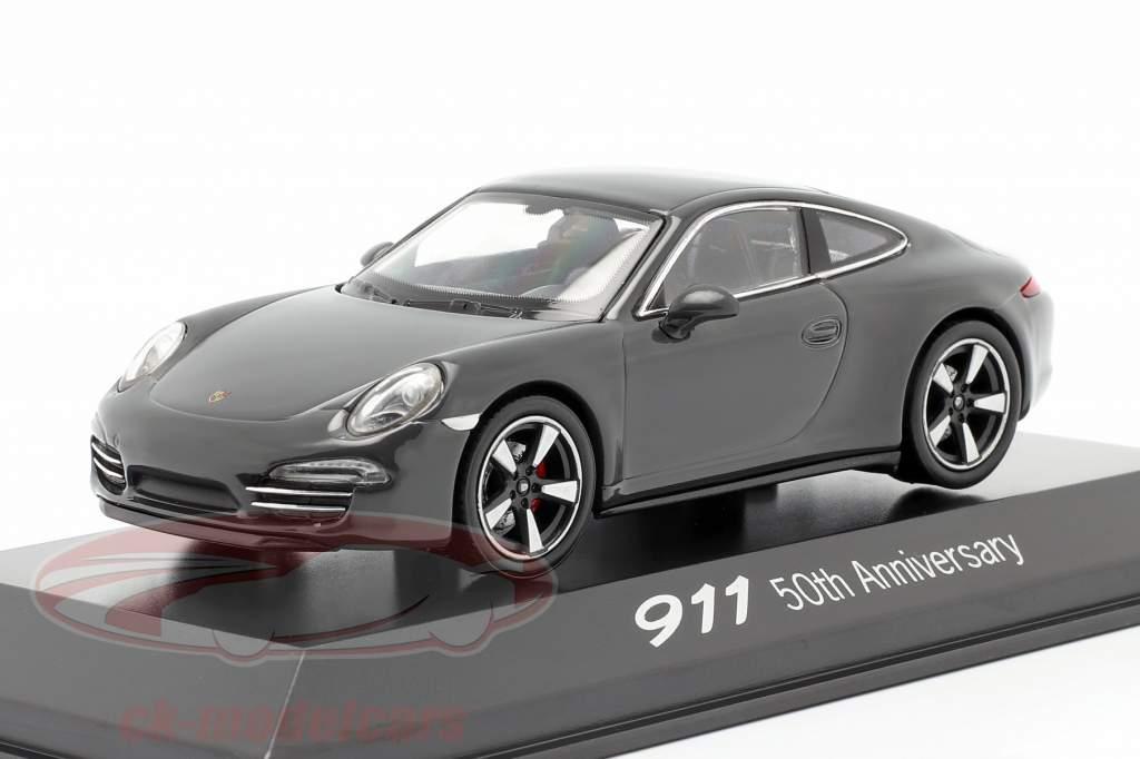 Porsche 911 (991) cinza 50 Anos Porsche 911 Edição 1:43 Welly