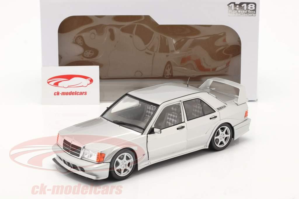 Mercedes-Benz 190E EVO 2 (W201) Anno di costruzione 1990 argento 1:18 Solido