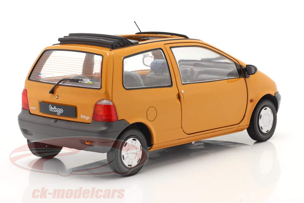 Renault Twingo MK1 with Softtop orange 1:18 Solido