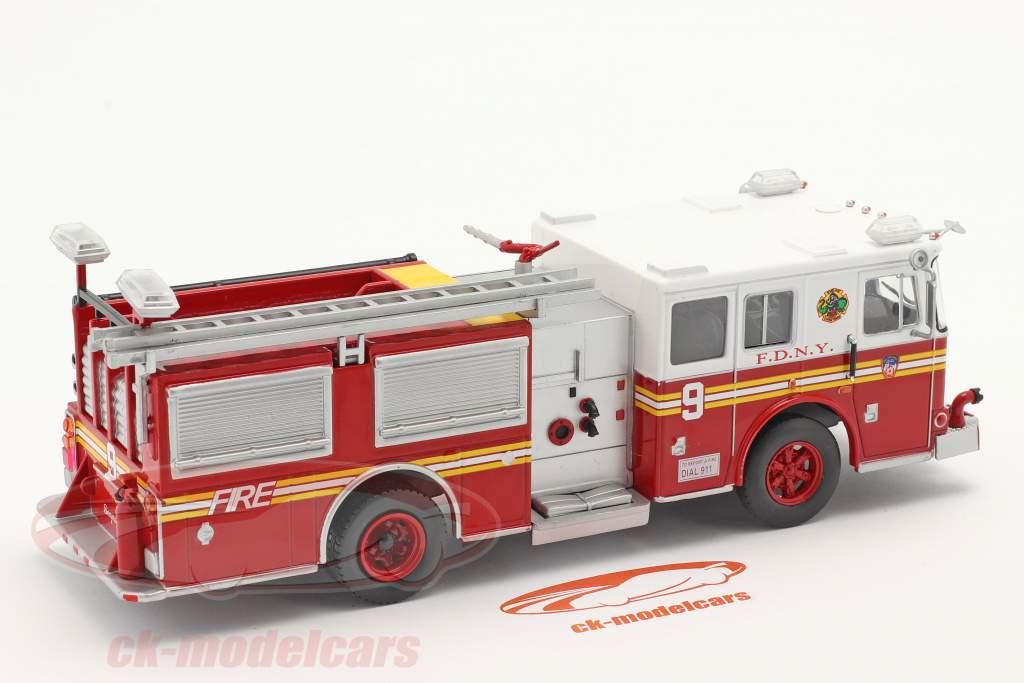 Seagrave Fire Truck Brandvæsen New York rød / hvid 1:43 Altaya