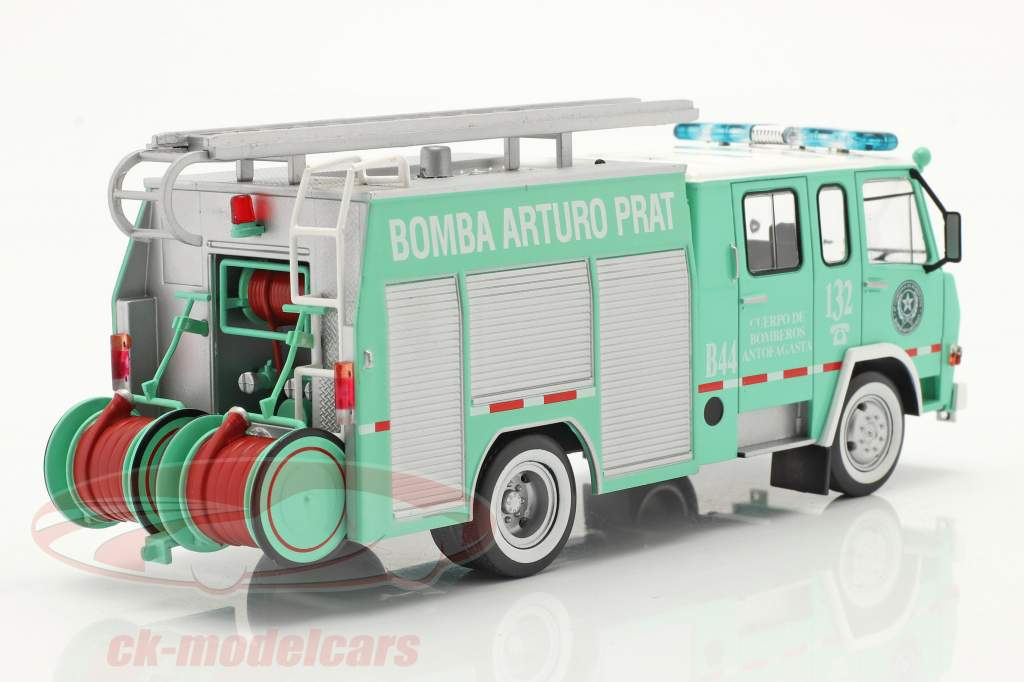 Berliet 770 KB 6 pompiers Antofagasta vert / blanc 1:43 Altaya