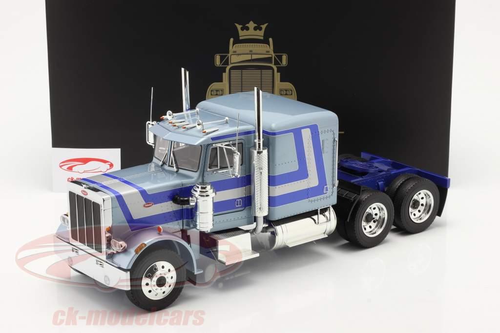 Peterbilt 359 Bull Nose Vrachtwagen 1967 Lichtblauw metalen 1:18 Road Kings