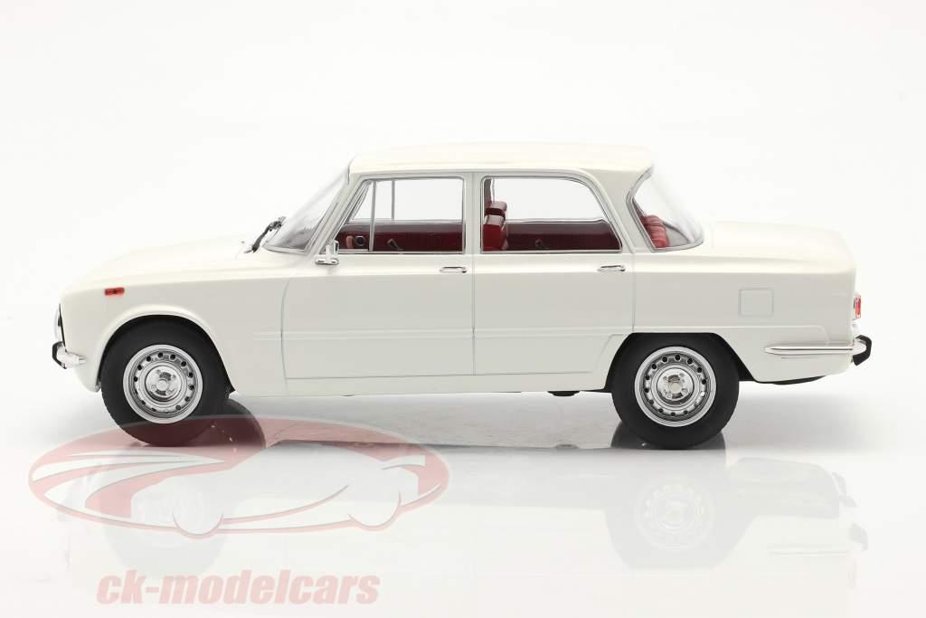 Alfa Romeo Giulia Nova Super Bouwjaar 1974 Wit 1:18 Model Car Group
