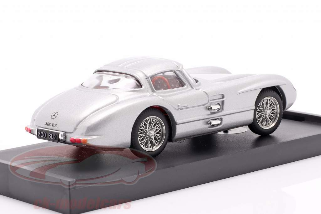 Mercedes-Benz 300 SLR Coupe Uhlenhaut Byggeår 1955 sølv 1:43 Brumm