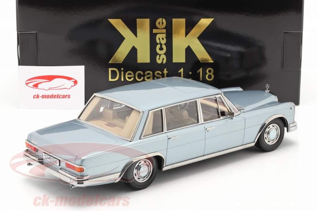 Mercedes-Benz 600 SWB (W100) Ano de construção 1963 Azul claro metálico 1:18 KK-Scale