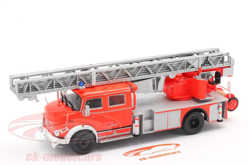 Mercedes-Benz L1519 vigili del fuoco Con Scala telescopica rosso / argento 1:43 Altaya