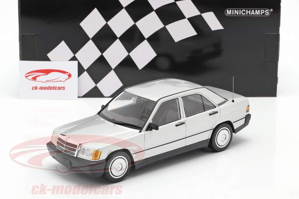 Mercedes-Benz 190E year 1982 silver 1:18 Minichamps
