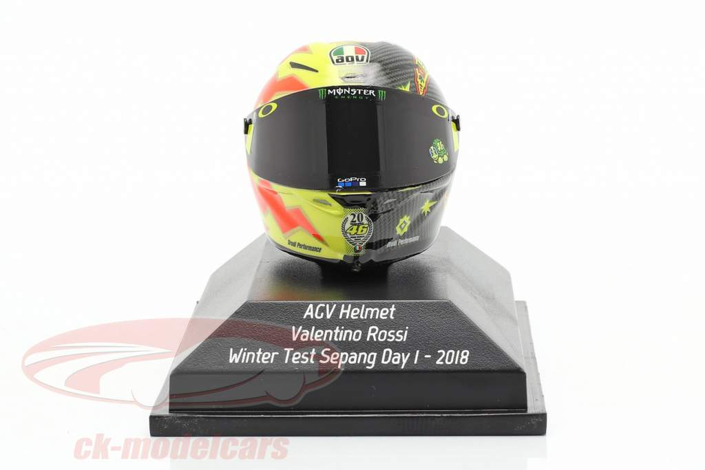 Valentino Rossi Winter Test Sepang Day 1 MotoGP 2018 AGV Helm 1:8 Minichamps