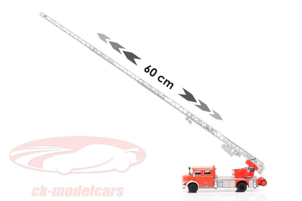 Mercedes-Benz L1519 Feuerwehr mit Teleskopleiter rot / silber 1:43 Altaya