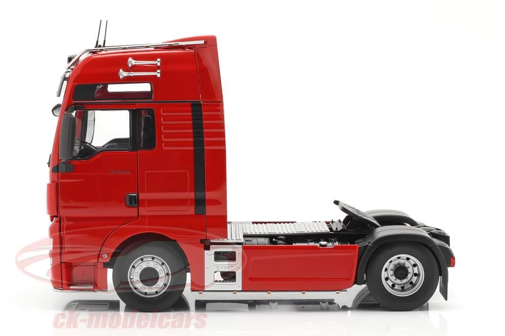 MAN TGX XXL Sattelzugmaschine Baujahr 2018 rot 1:18 Premium ClassiXXs