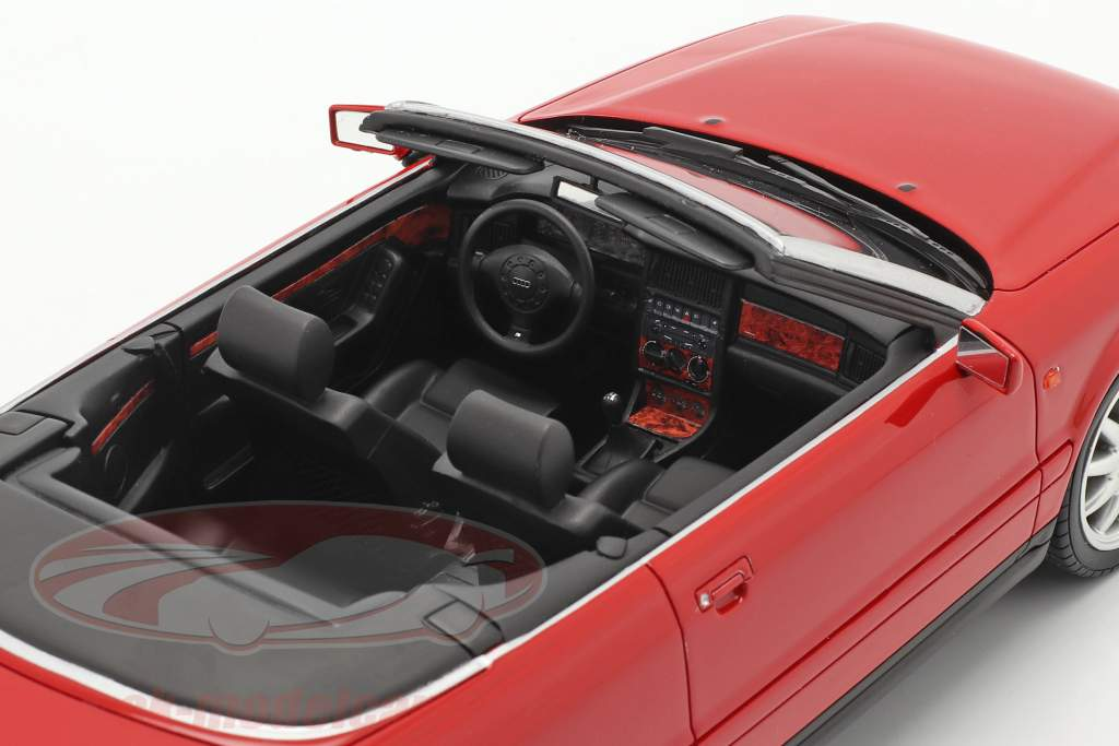 Audi 80 2.8L B3 Convertible year 2000 laser red 1:18 OttOmobile