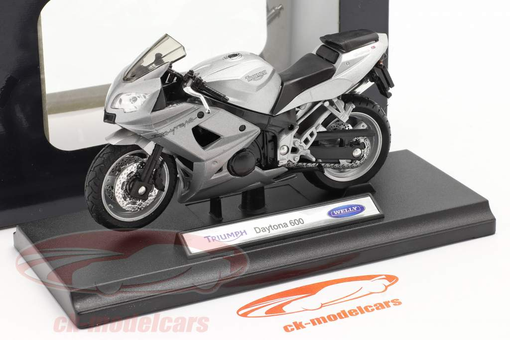 Triumph Daytona 600 silver 1:18 Welly