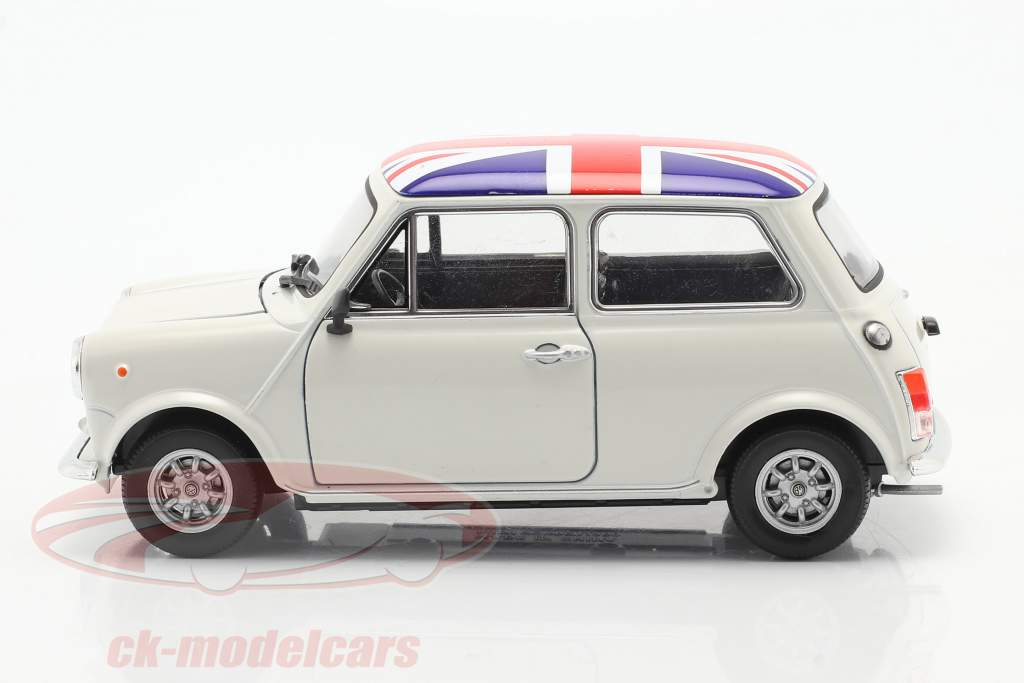 Mini Cooper 1300 Con Bandera del Reino Unido sobre la arriba, techo crema 1:24 Welly