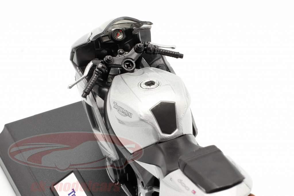 Triumph Daytona 600 silber 1:18 Welly
