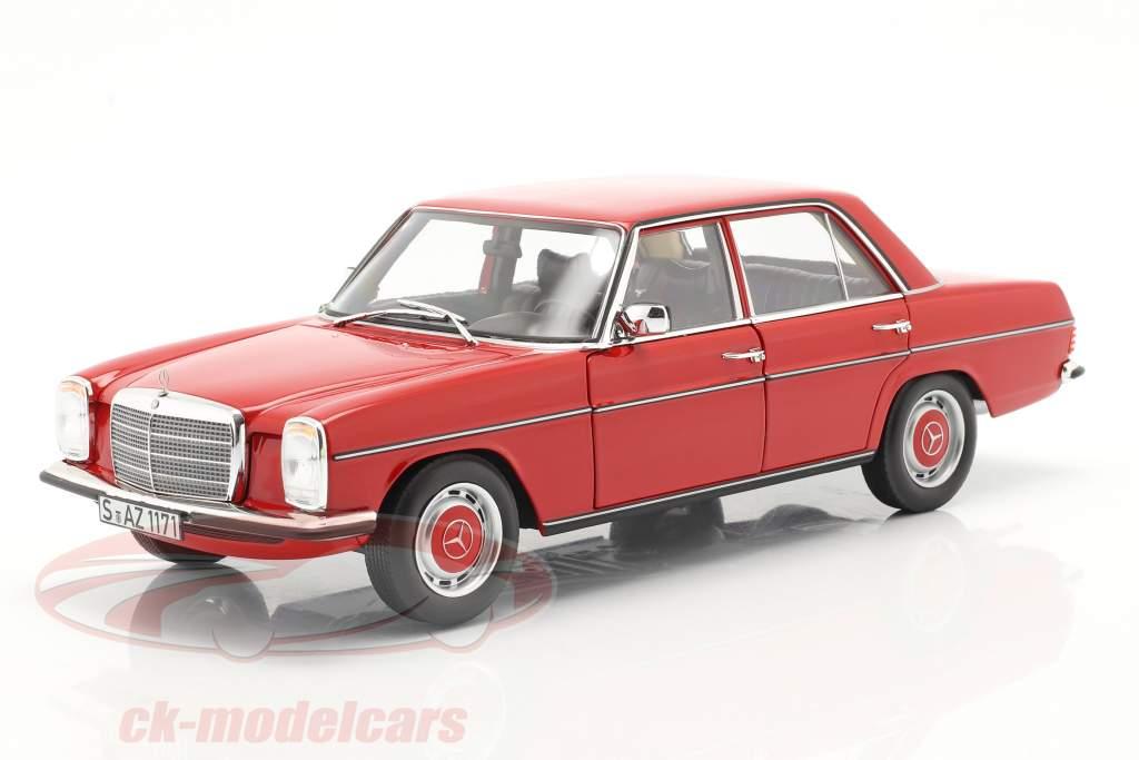 Mercedes-Benz 200/8 (W115) シリーズ 2 建設年 1973 赤 1:18 Norev
