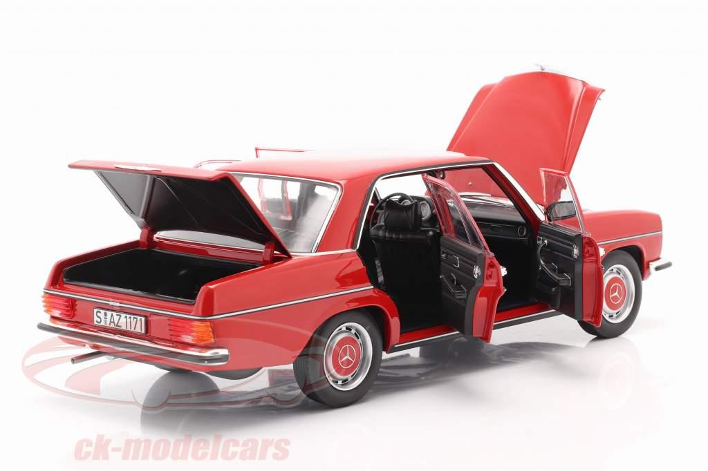 Mercedes-Benz 200/8 (W115) Serie 2 Baujahr 1973 rot 1:18 Norev
