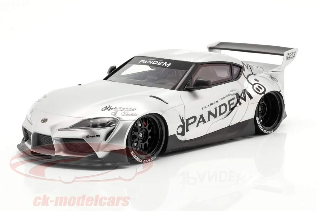 Pandem Toyota GR Supra V1.0 Année de construction 2020 argent 1:18 TrueScale