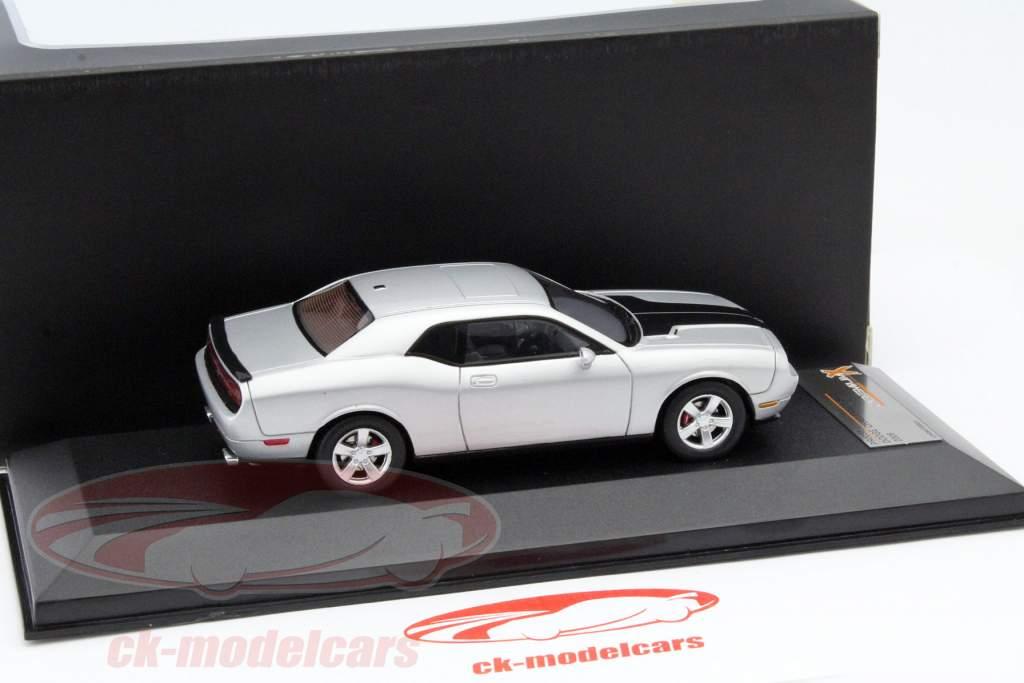 Dodge Challenger SRT8 an 2009 argent / noir 1:43 Premium X / 2e choix