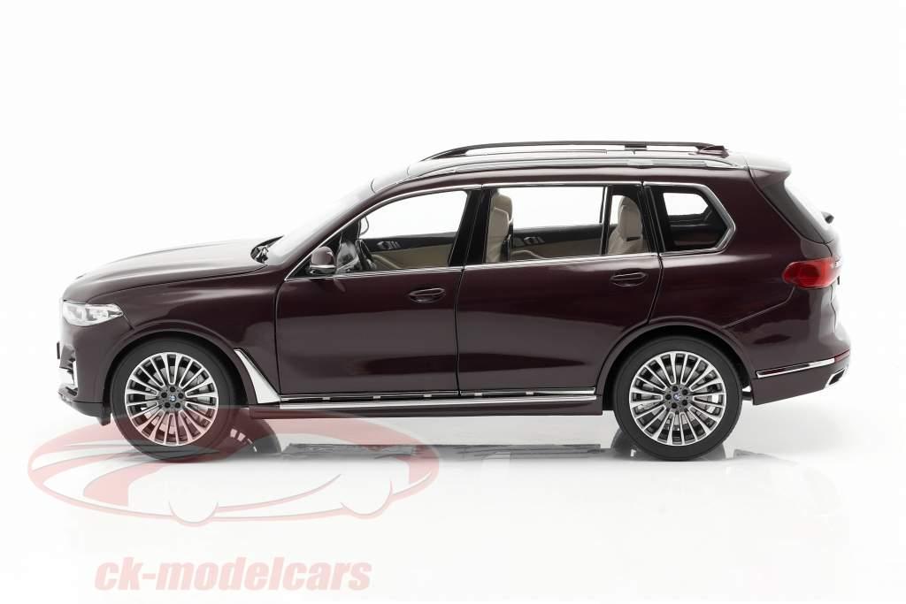 BMW X7 (G07) Byggeår 2019 ametrine rød metallisk 1:18 Kyosho