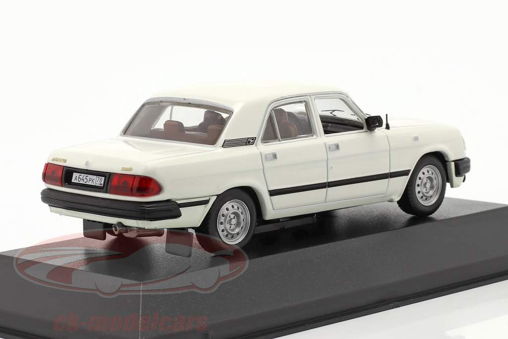 GAZ 3110 anno 1997 bianca 1:43 IST-Models