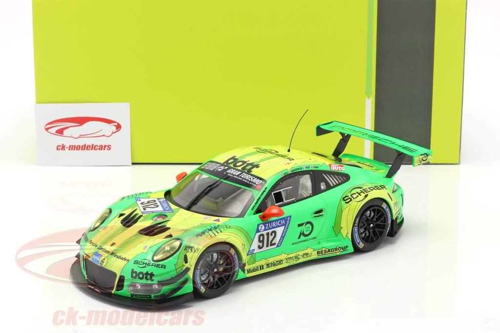 Porsche 911 (991) GT3 R #912 winnaar 24h Nürburgring 2018 Manthey Grello 1:18 Ixo