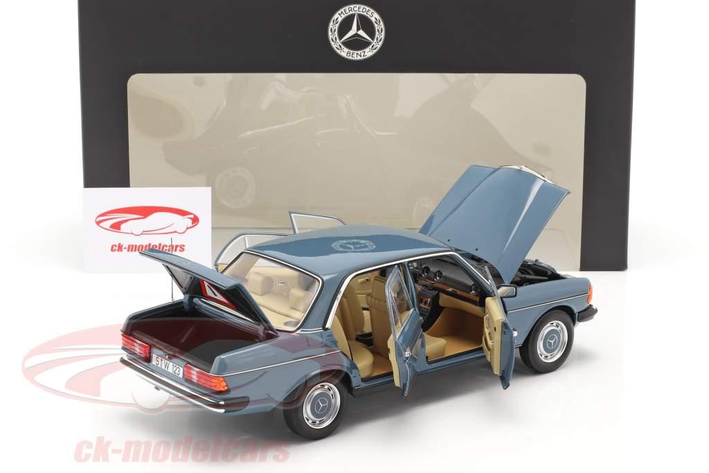 Mercedes-Benz 200 (W123) Año de construcción 1980 - 1985 azul china 1:18 Norev