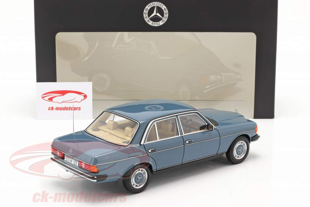 Mercedes-Benz 200 (W123) Baujahr 1980 - 1985 chinablau 1:18 Norev