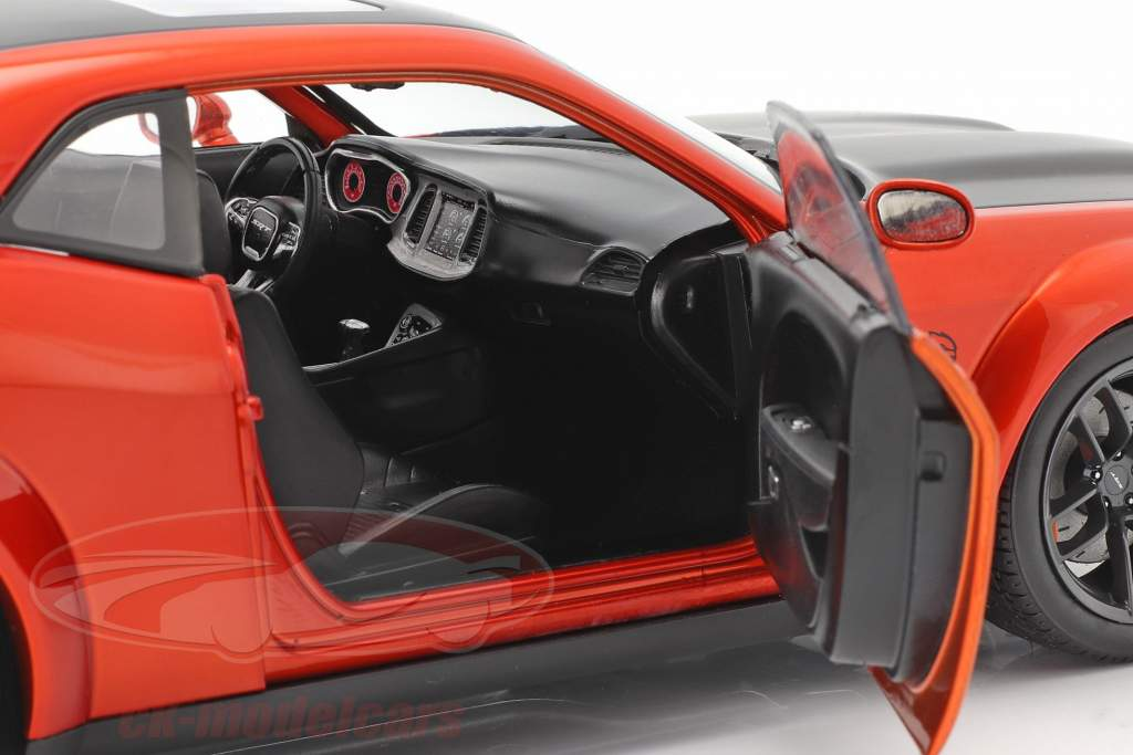 Dodge Challenger SRT Hellcat Redeye Widebody 2020 orange 1:18 Solido