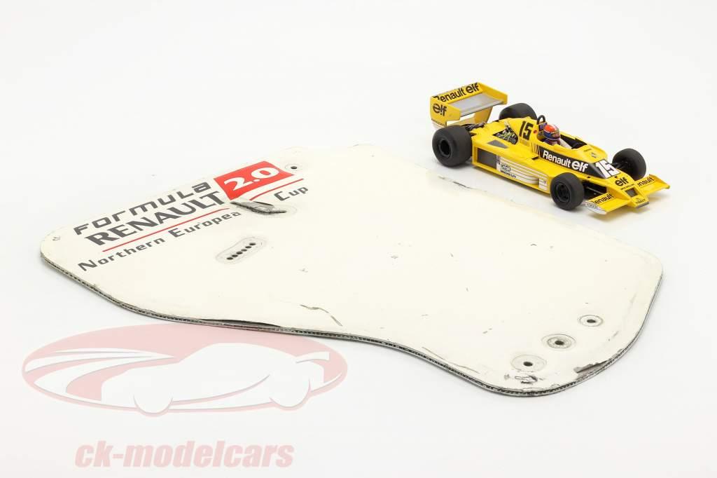 original Asa traseira Placa final Fórmula Renault 2.0 / ca. 36 x 47 cm
