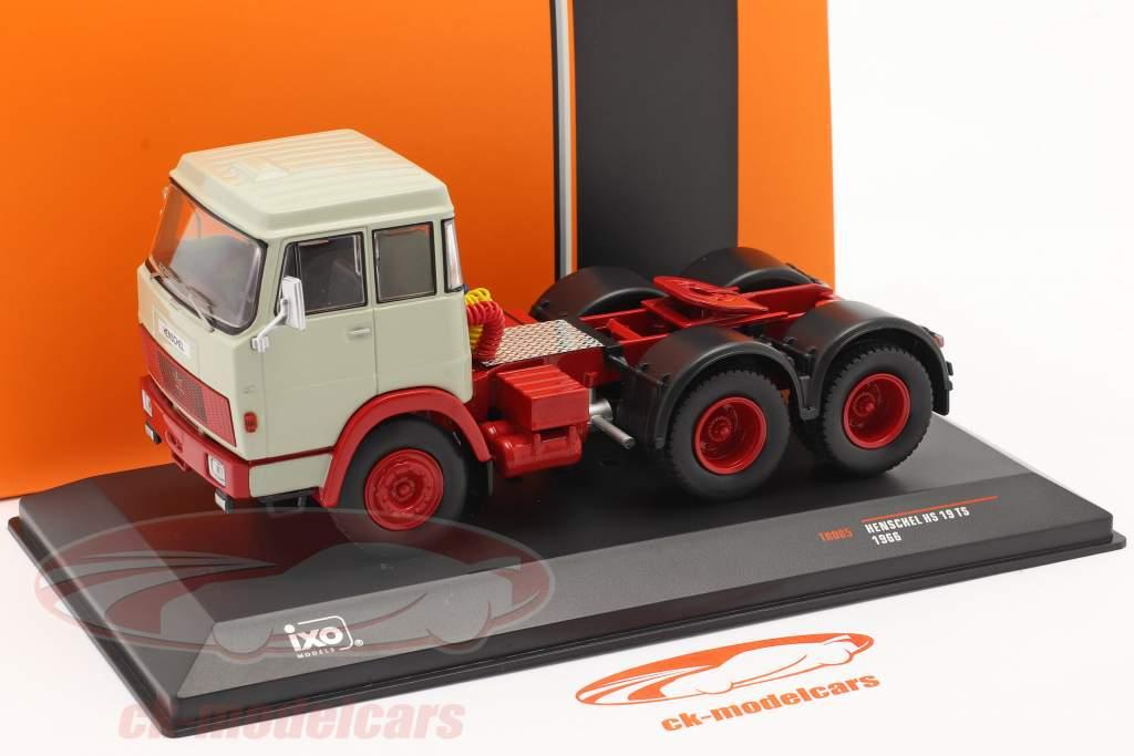 Henschel HS 19 TS Año de construcción 1966 gris claro / rojo 1:43 Ixo