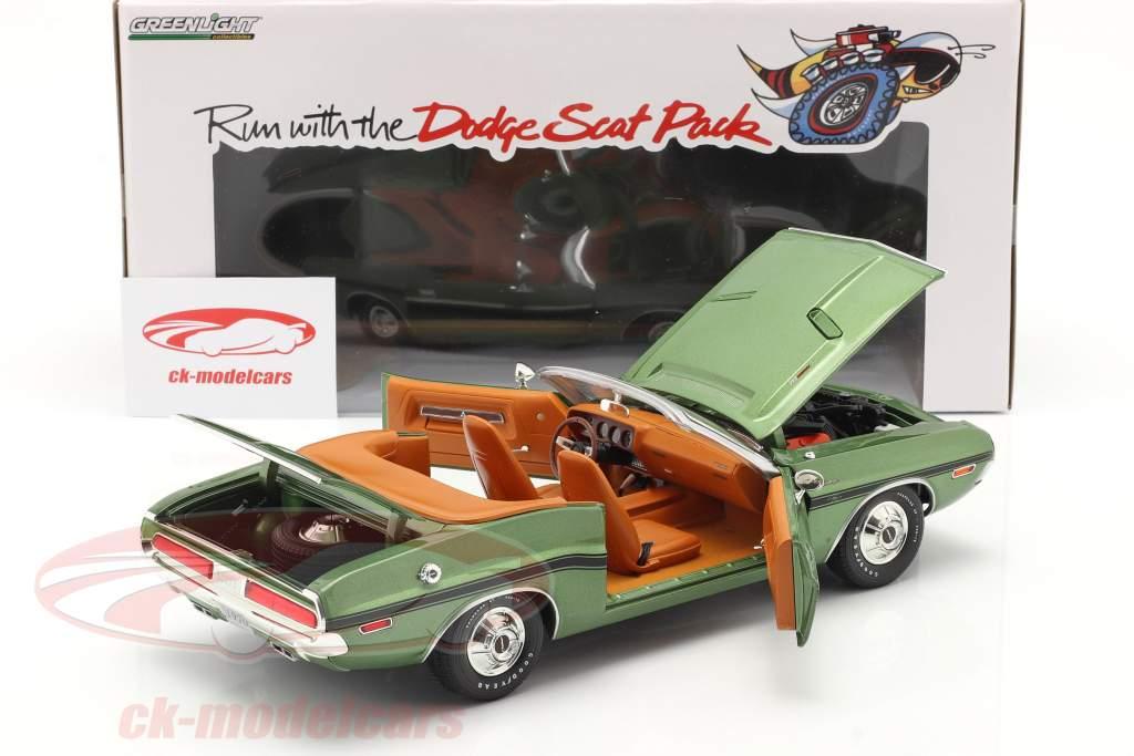 Dodge Challenger R/T Converteerbaar Bouwjaar 1970 groen metalen 1:18 Greenlight