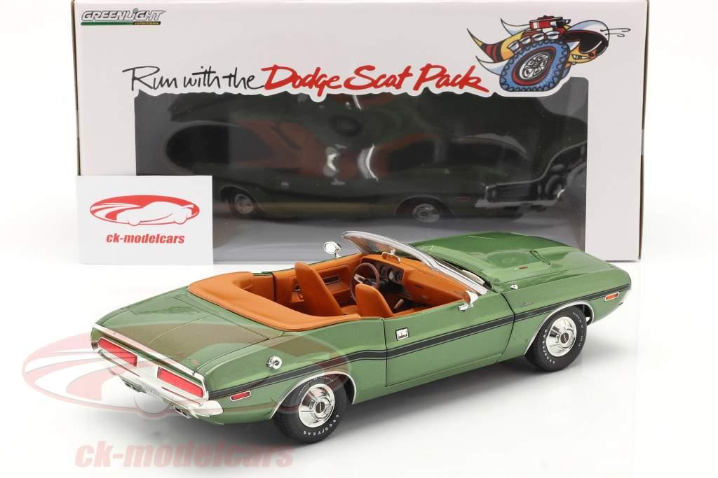 Dodge Challenger R/T Conversível Ano de construção 1970 verde metálico 1:18 Greenlight