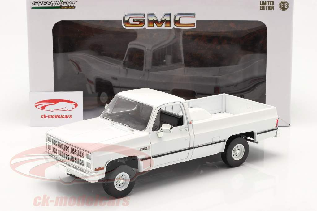 GMC K-2500 Sierra Grande Anno di costruzione 1982 bianca 1:18 Greenlight