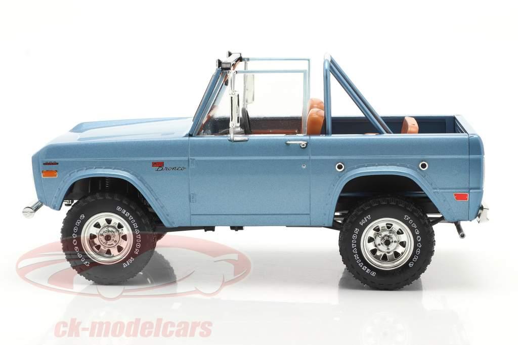Ford Bronco Sport Año de construcción 1969 Azul claro 1:18 Greenlight