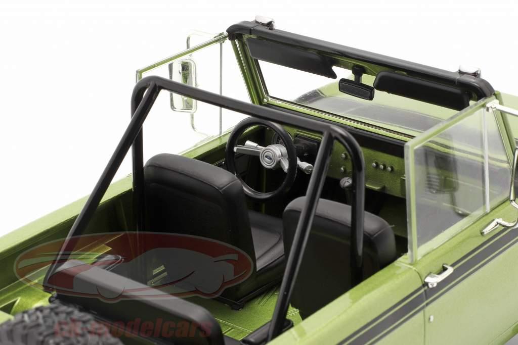 Ford Bronco Sport Byggeår 1975 grøn 1:18 Greenlight