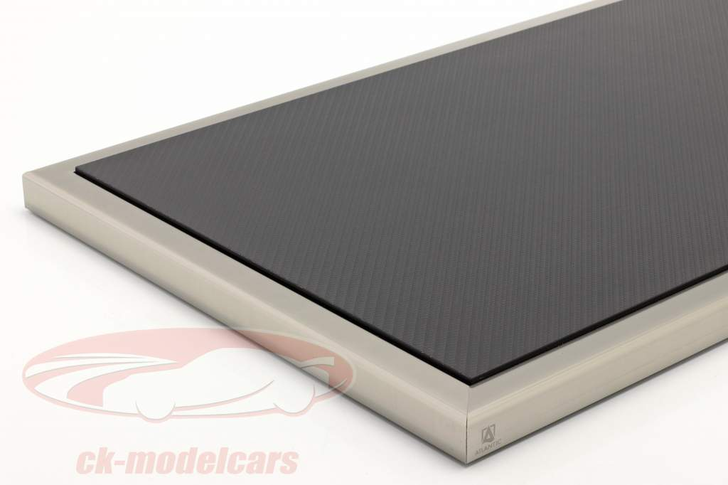Alta calidad acrílico Escaparate Dieppe Carbon Con Base de acrílico / metal carbón / plata 1:8 Atlantic