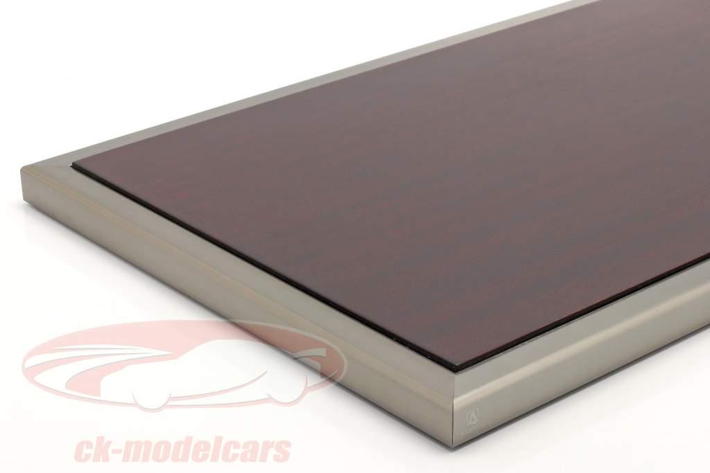 High quality acrylic showcase Goodwood with wood / metal base mahogany / silver 1:8 Atlantic