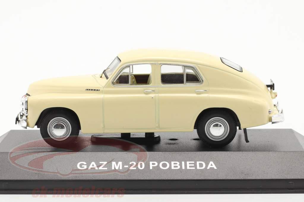 GAZ M20 Pobieda ano 1950 bege 1:43 IST-Models