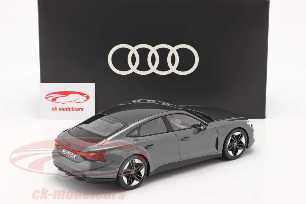 Audi RS e-tron GT year 2021 Daytona grey 1:18 Norev