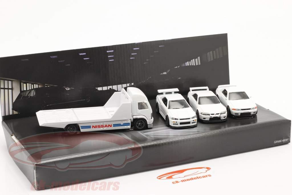 4-Car Set Nissan: Flatbed Camion & 3x Nissan Skyline bianca 1:64 HotWheels