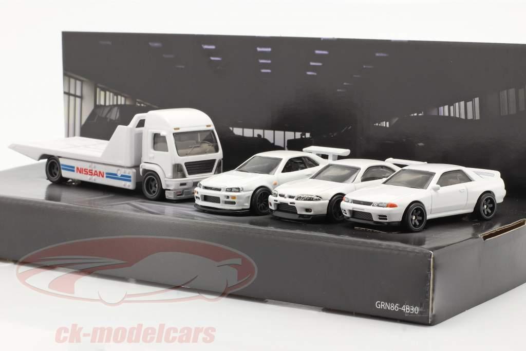 4-Car Set Nissan: Flatbed Lastbil & 3x Nissan Skyline hvid 1:64 HotWheels