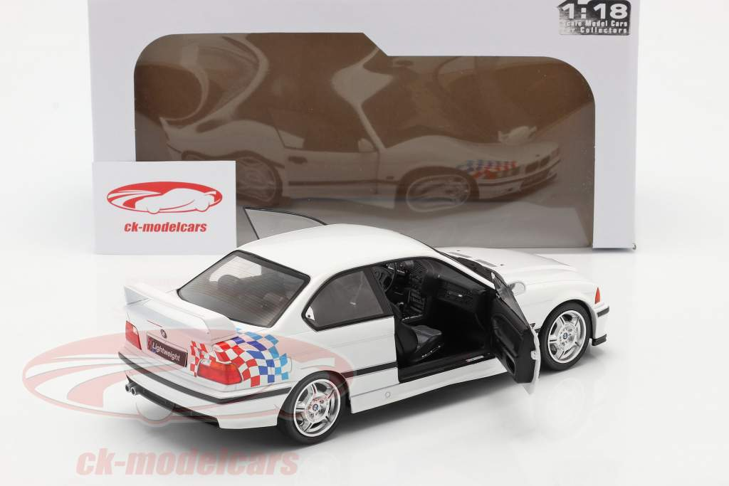 BMW M3 (E36) Coupe Lightweight 建设年份 1990 白色的 1:18 Solido