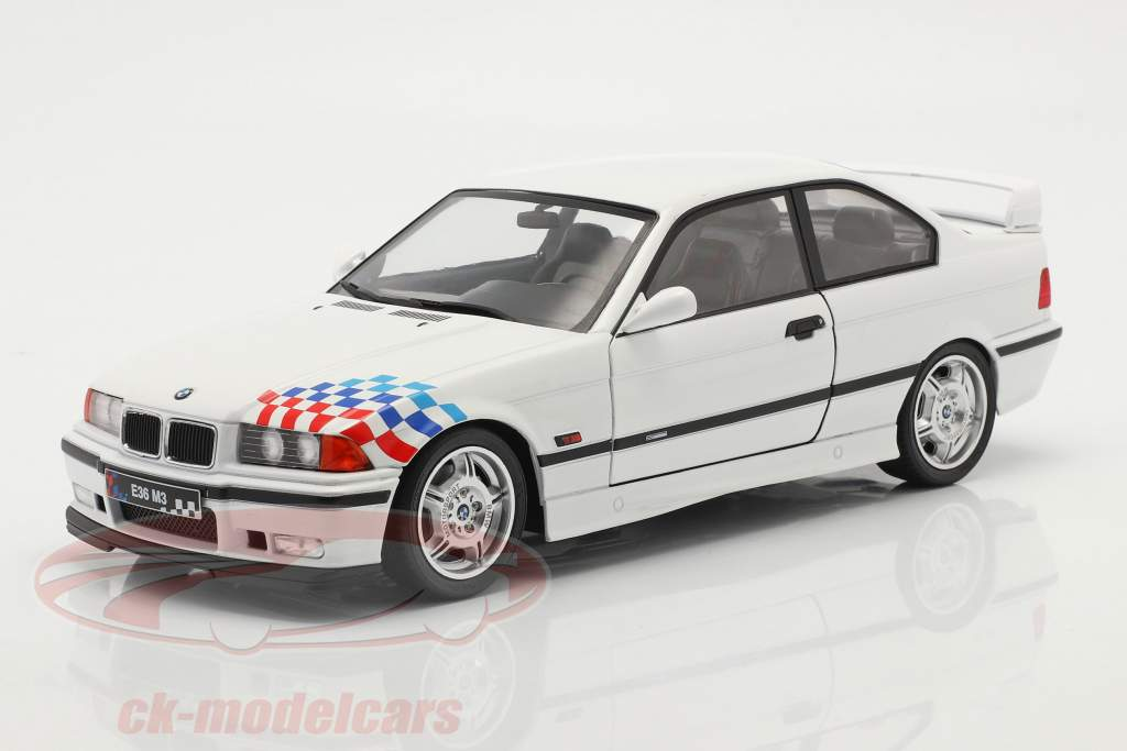 BMW M3 (E36) Coupe Lightweight Anno di costruzione 1990 bianca 1:18 Solido